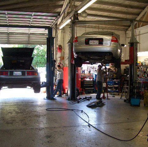 Alameda county auto mechanics auto repair shops diamond certified a live webcam enables customers to watch their cars being serviced solutioingenieria Image collections