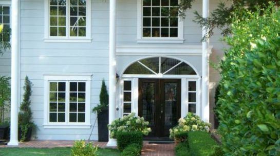 New Home Windows And Decorative Entryway Installed By A Marin County Window Contractor You Ll Feel Confident Choosing Among The Quality