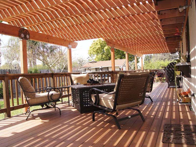new deck construction project with pergola