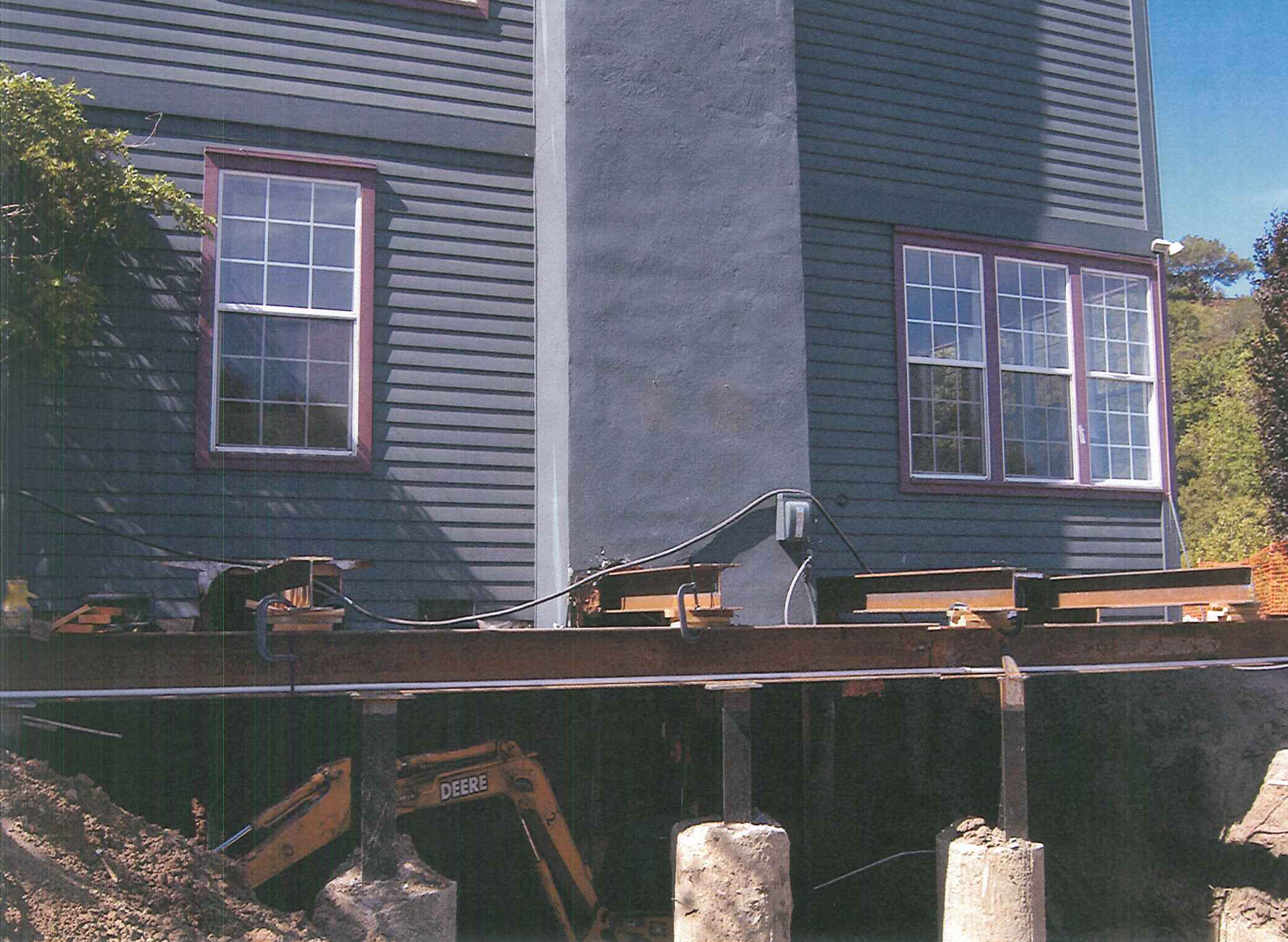 foundation contractors should be EPA lead-safe certified in order to perform foundation replacement