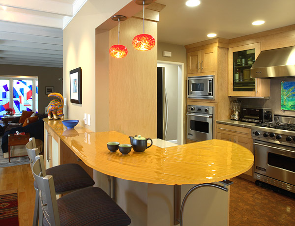 For those working on a limited remodeling budget, there are several ways to cut costs without compromising quality. Photo: Altera Design & Remodeling, Inc. (2015)