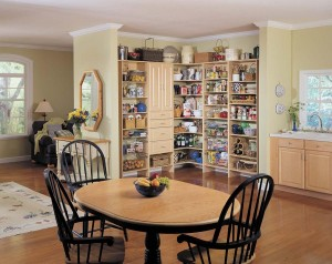 An organized kitchen will enable you to work with greater efficiency. Photo: PremierGarage (2014)