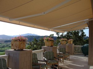 awning-shade-retractable