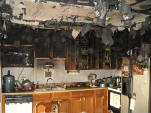 Be prepared in the event of a kitchen fire by making sure your home's smoke detectors and fire extinguishers are functional. Photo: American Ratings Corporation (2015)