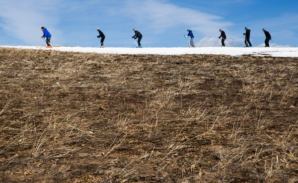 Skiers Avoid dry patches at Squaw Valley during drought
